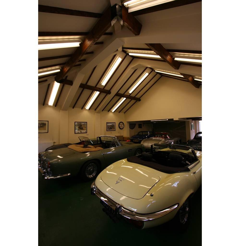 Car Garage: Architectural Technicians In